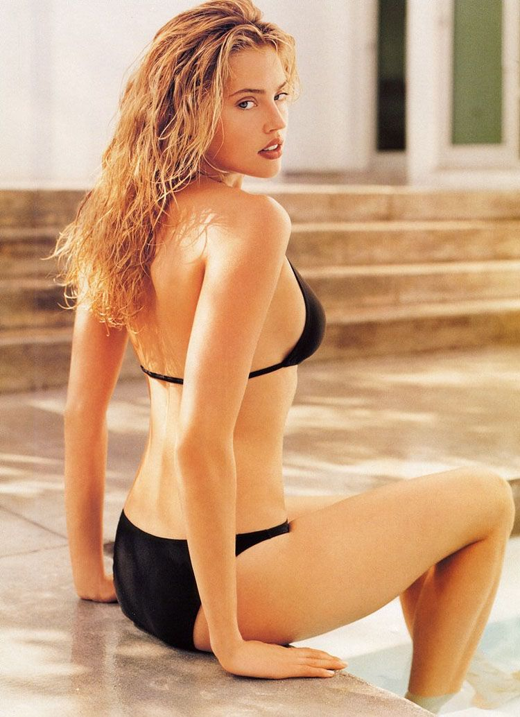 Estella Warren (9 Фото)